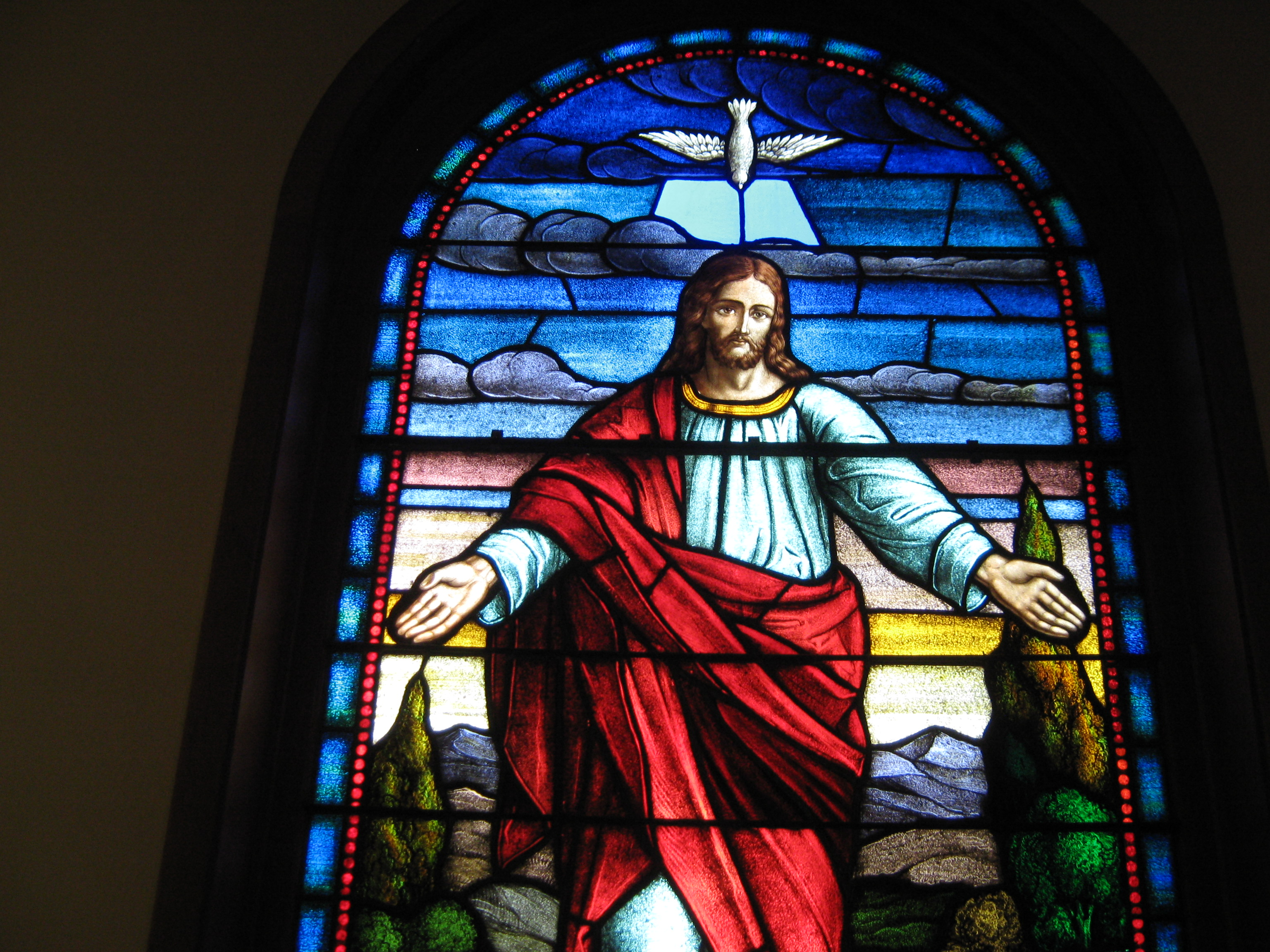 Jesus-with-Open-Arms-Stained-Glass-Window.JPG